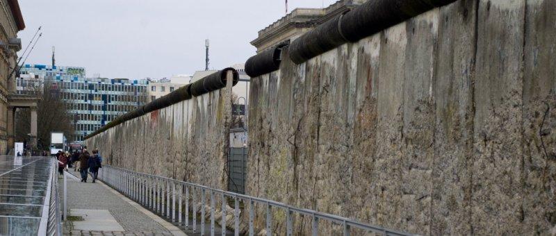 Jedna ze tří zachovalých částí Berlínské zdi