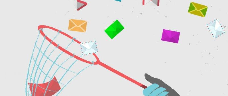 Ukládání emailů v Laravelu