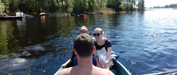 On the way from summer cottage with Iiris, Iiris and Ivo - lake Näsijärvi