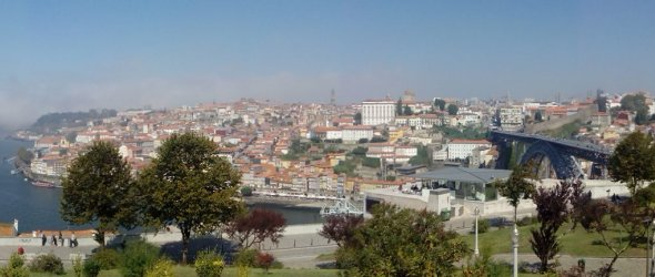 View to Porto city from Gaia